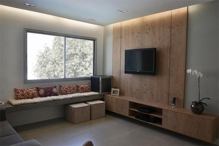 Sala de estar aconchegante com sanca de gesso