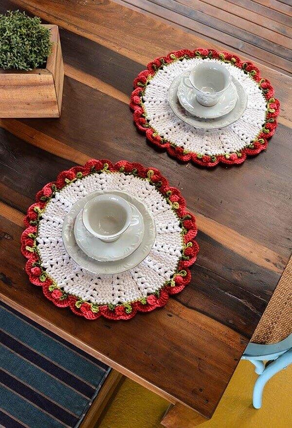 Sousplat de crochê com florzinhas