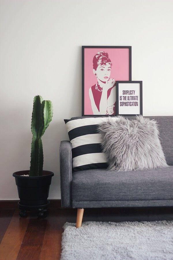 cacto sala de estar sofa com almofadas