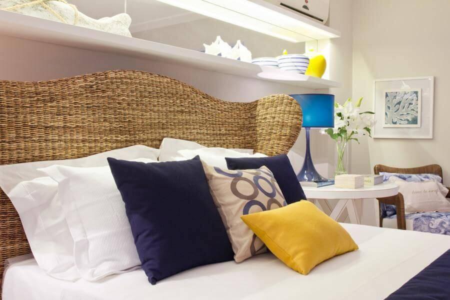 casa de praia quarto de casal cabeceira de palha marilia veiga 88052