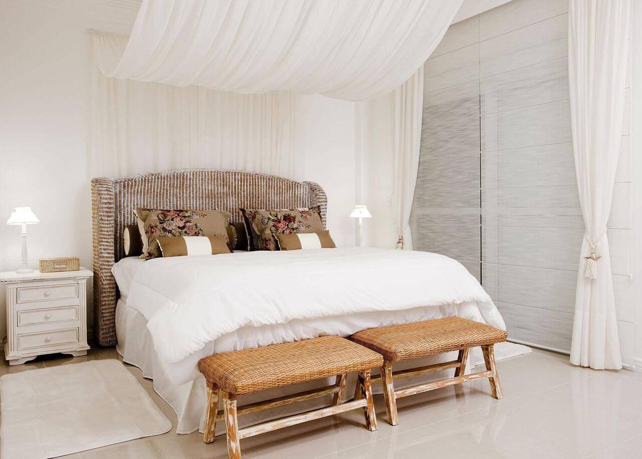 casa de praia quarto de casal com dosseis priscila koch 38369