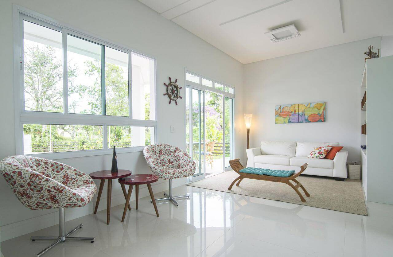 casa de praia 34 fotos inspiradoras para decora o On casa plan de sala de estar