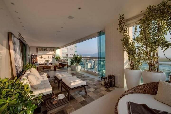 casa de praia sala de estar luminosa carla felippi 72596