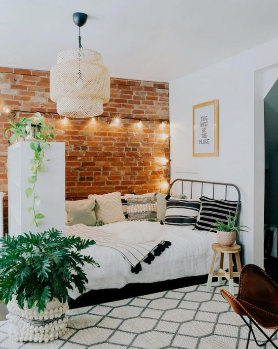 Como aplicar textura de parede no quarto moderno