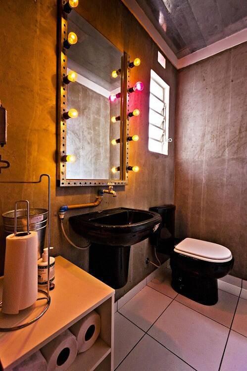 espelho para banheiro com lampadas enzo sobocinski 83662