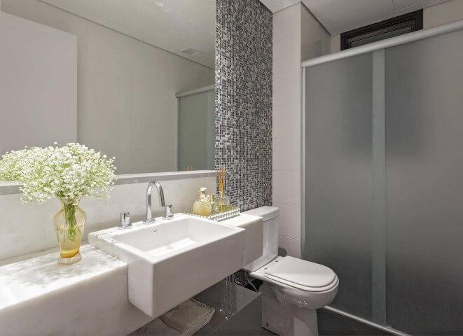 espelho-para-banheiro-simples-pastilhas-amis-arquitetura-design-103655