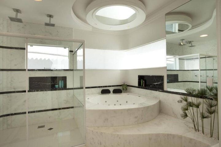 espelho-para-banheiro-teto-e-lateral-aquiles-nicolas-kilaris-18987