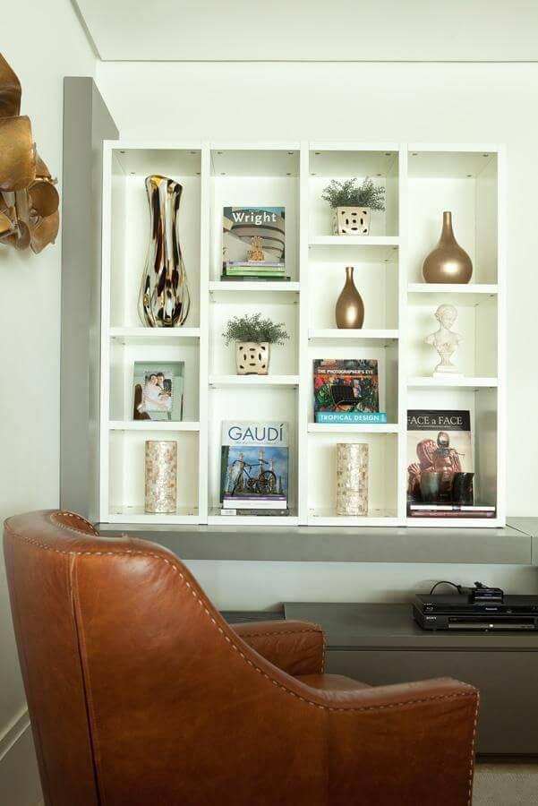 estante suspensa sala de estar liliana zenaro 13627