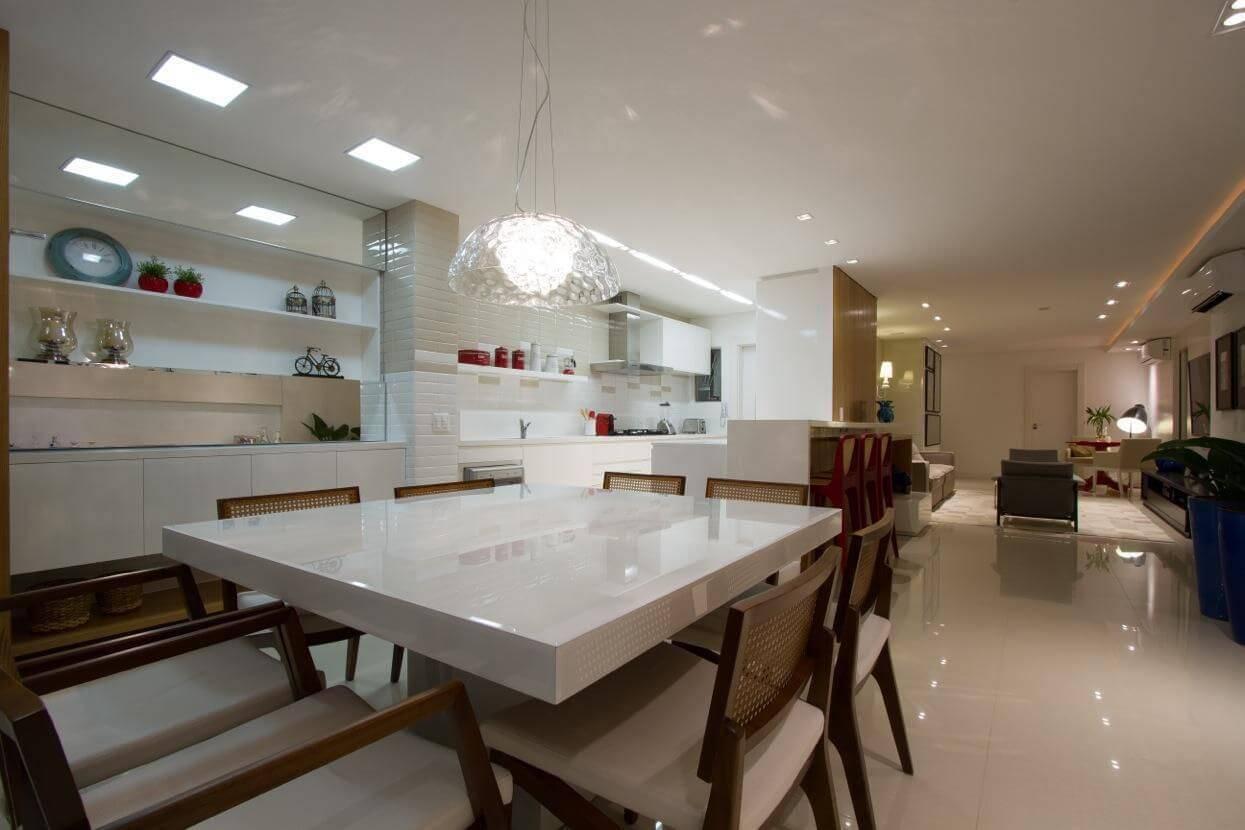 luminarias sala de jantar com lustre e painel de led cristina rei 14082