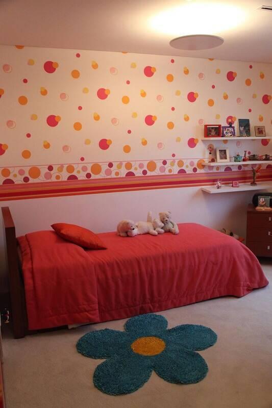 papel de parede infantil quarto de menina geométrico rosa e laranja simone collet 4421