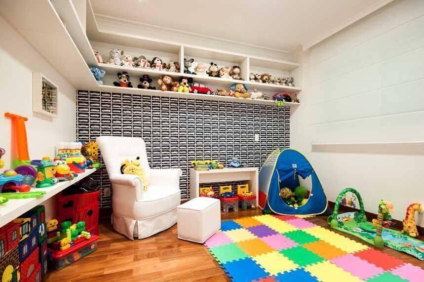 quarto de menino com papel de parede carros erica salguero 2670