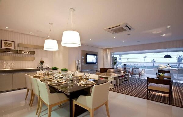 sousplat de croche bege mesa de jantar sq arquitetos associados