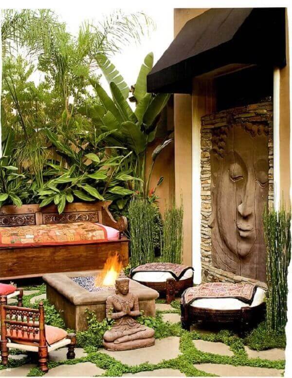Cantinho especial com estrutura de jardim com pedras decorativas