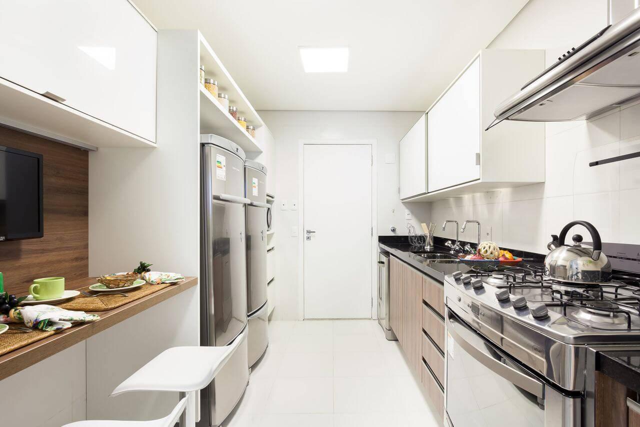 Cozinhas Planejadas para Apartamentos Pequenos com banquetas sandra picciotto 144516