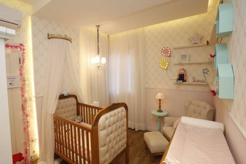 Decoraç u00e3o de Quarto de Beb u00ea Feminino Projetado por Trinna Interiores -> Decoração De Gesso Para Quarto De Bebe