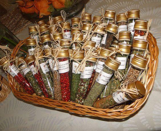 Decoração de chá de panela - Lembrancinha de temperos