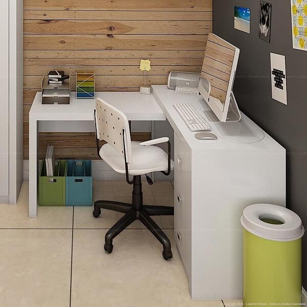Escrivaninha branca para quarto pequeno