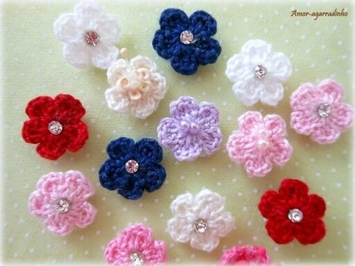 Flor de crochê com velcro