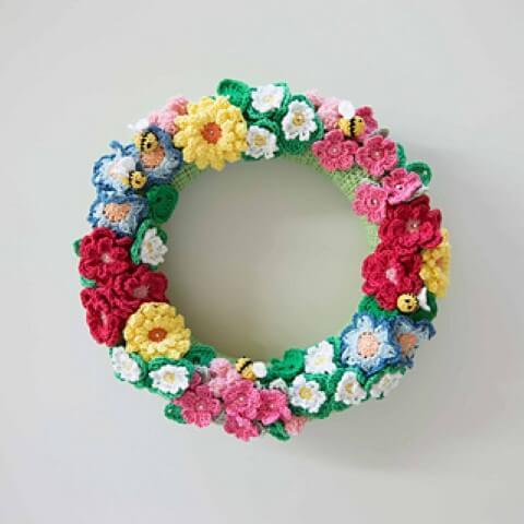Flor de crochê em arco