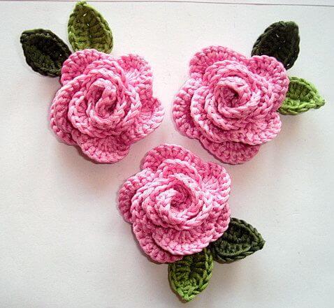 Flor de crochê rosa