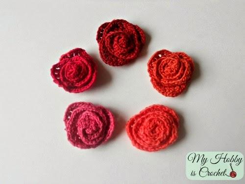 Flor de crochê vermelhas