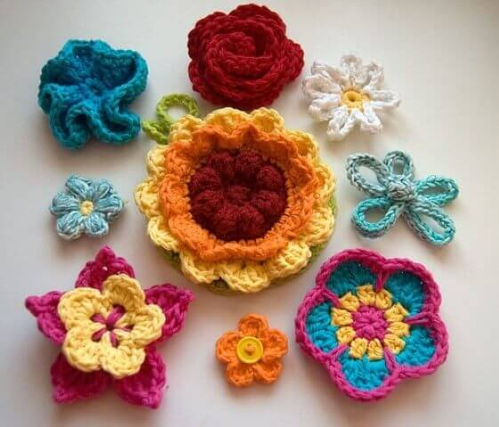 Flores de crochê diversas