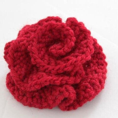 Flores de crochê vermelho