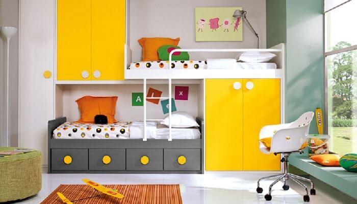 Quarto infantil com móveis planejados