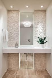 Banheiro com pedras decorativas de pedra canjiquinha