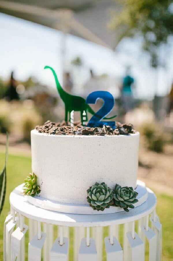 bolo para festa infantil com tema dinossauro Foto Beijos Events