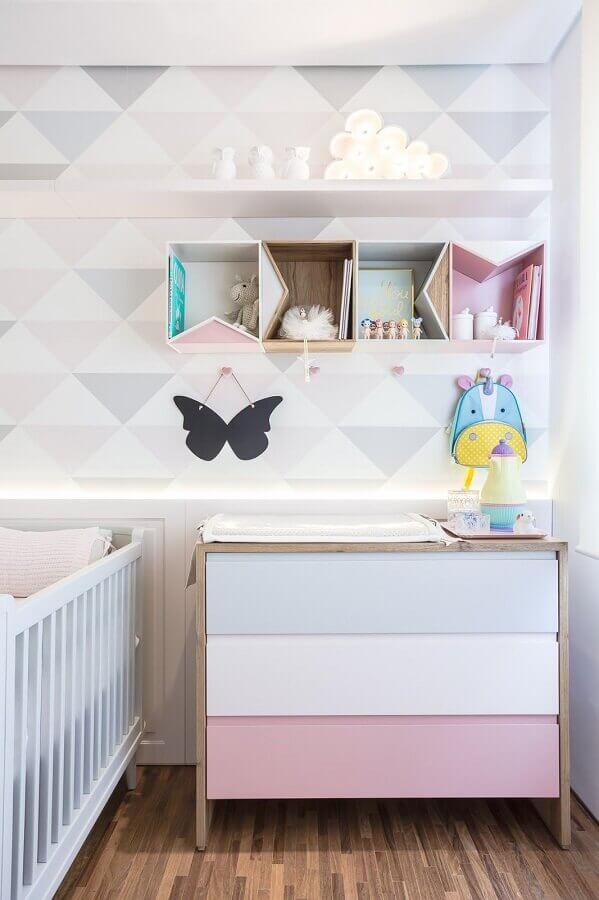 cômoda para quarto de bebê com gavetas coloridas Foto Figueiredo Fischer