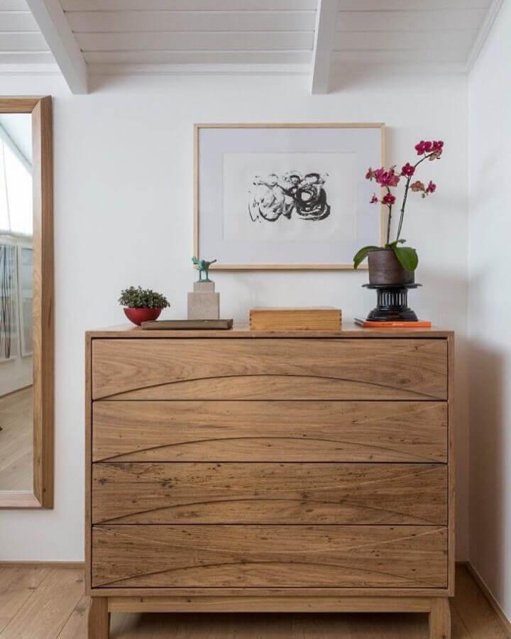 cômoda de madeira Foto Mariana Linhares Interiores