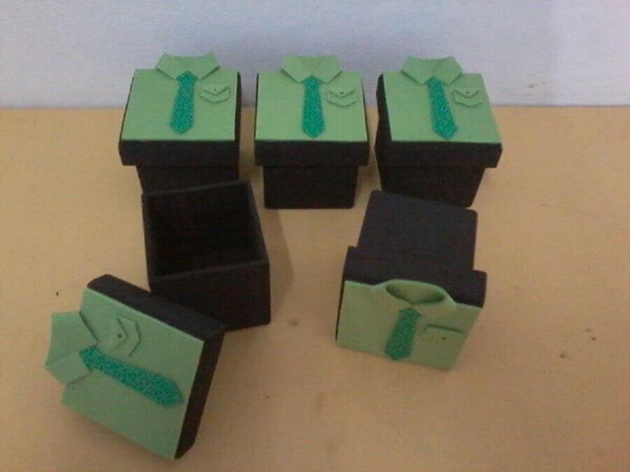 caixa com lembrancinha para dia dos pais