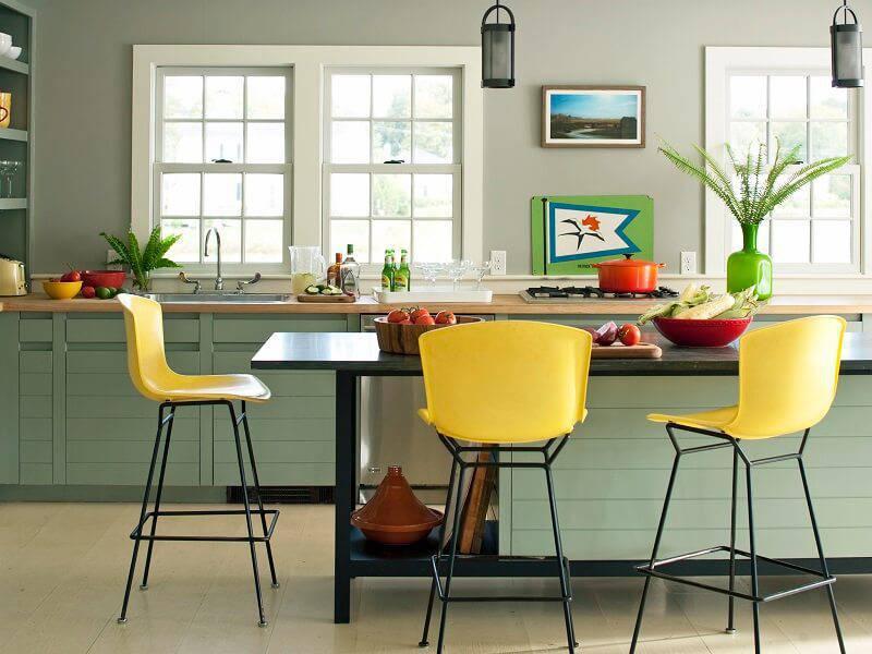 cozinha dos signos sargitario cadeiras amarelas