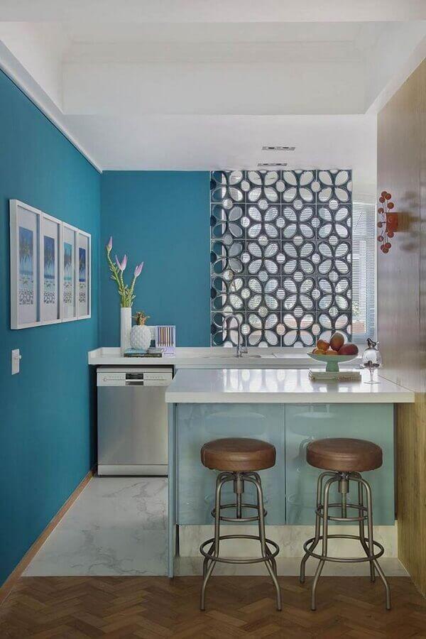 cozinha pequena decorada com parede de cobogó Foto Neu dekoration stile