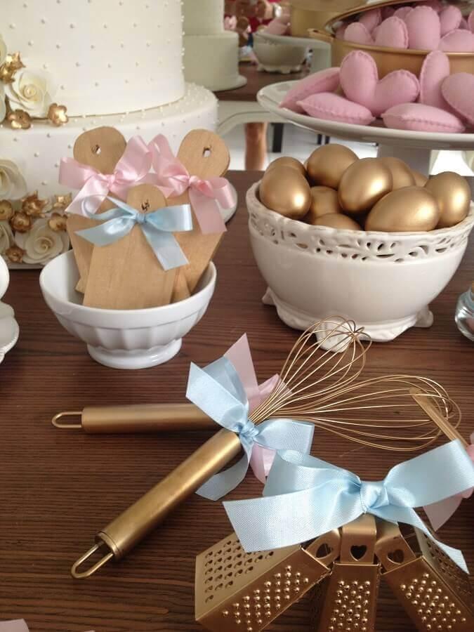 decoração com lembrancinhas de chá de cozinha Foto Pinterest