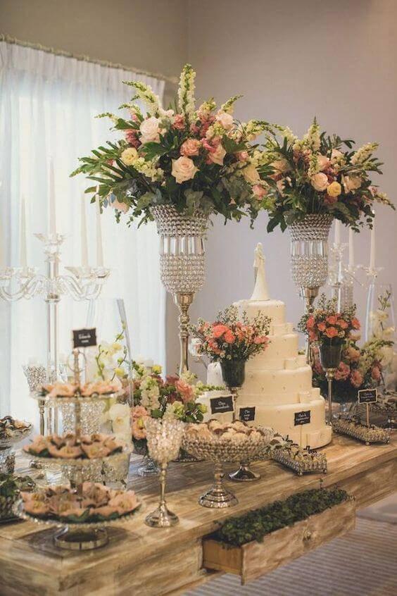 decoração de casamento mesa do bolo laranja