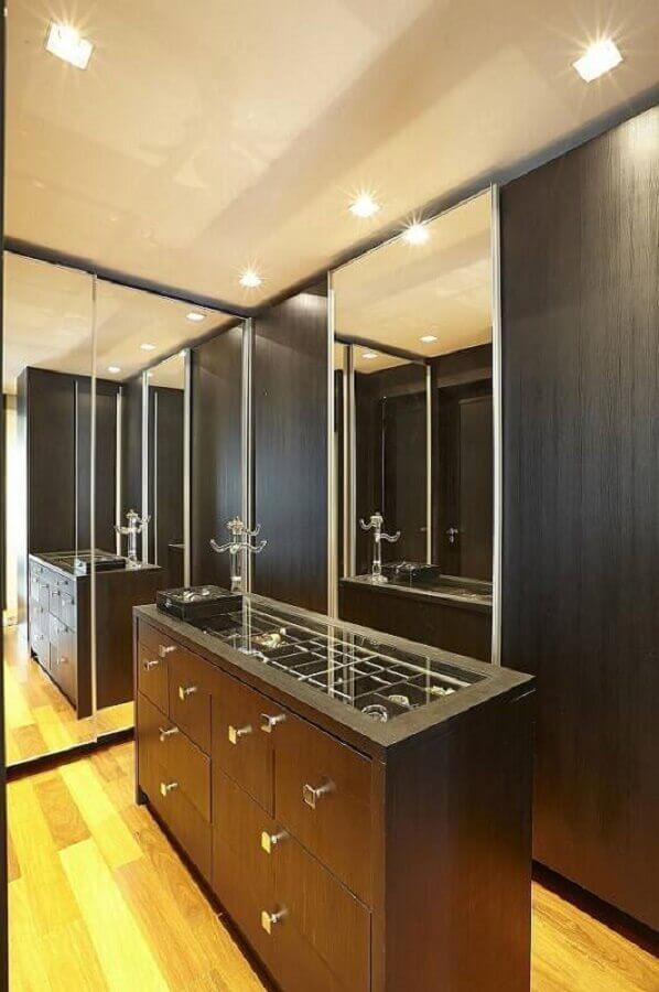 decoração para closet com cômoda preta Foto Ana Luisa Previde