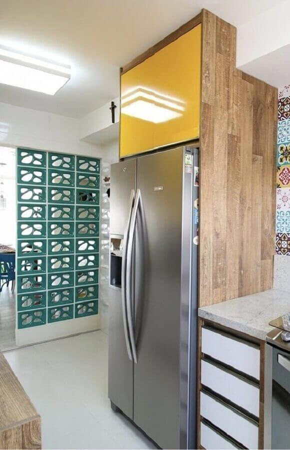 decoração para cozinha com parede de cobogó e adesivo de azulejo Foto Neu dekoration stile