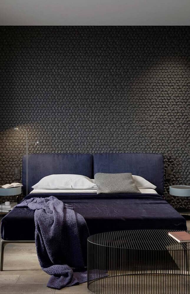 decoração para quarto preto com cabeceira de casal azul marinho