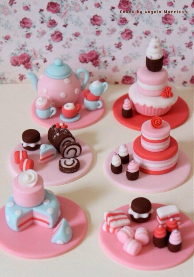 docinhos decorados para festa de chá de panela Foto Etsy