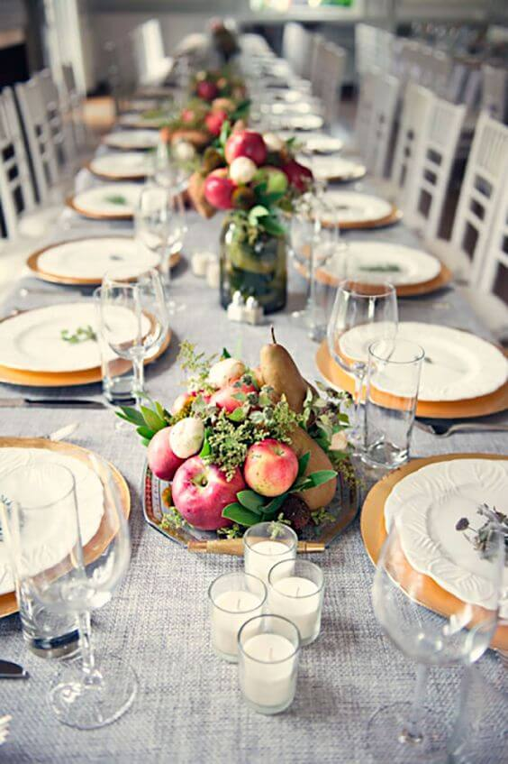 Enfeite de mesa com frutas