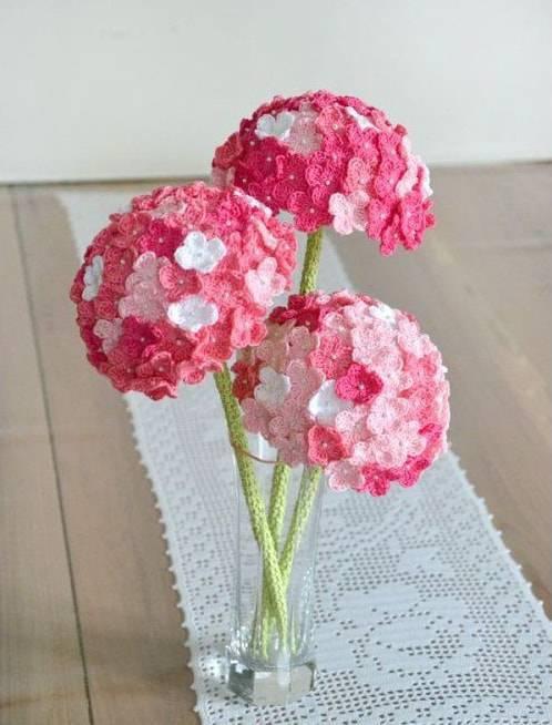 flores de croche pequenas em vaso-min