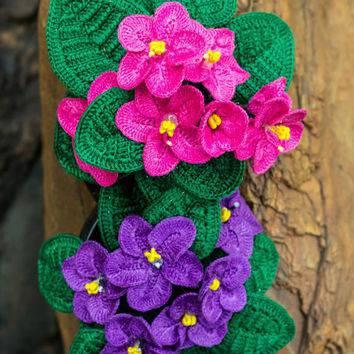 flores de croche violetas em tronco-min
