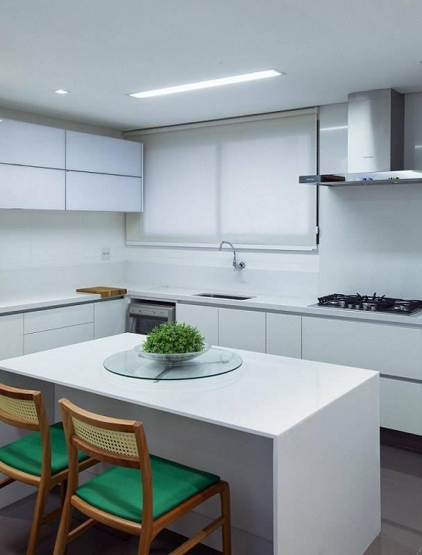 gabinete de cozinha planejada branca minimalista andre lenza 17795