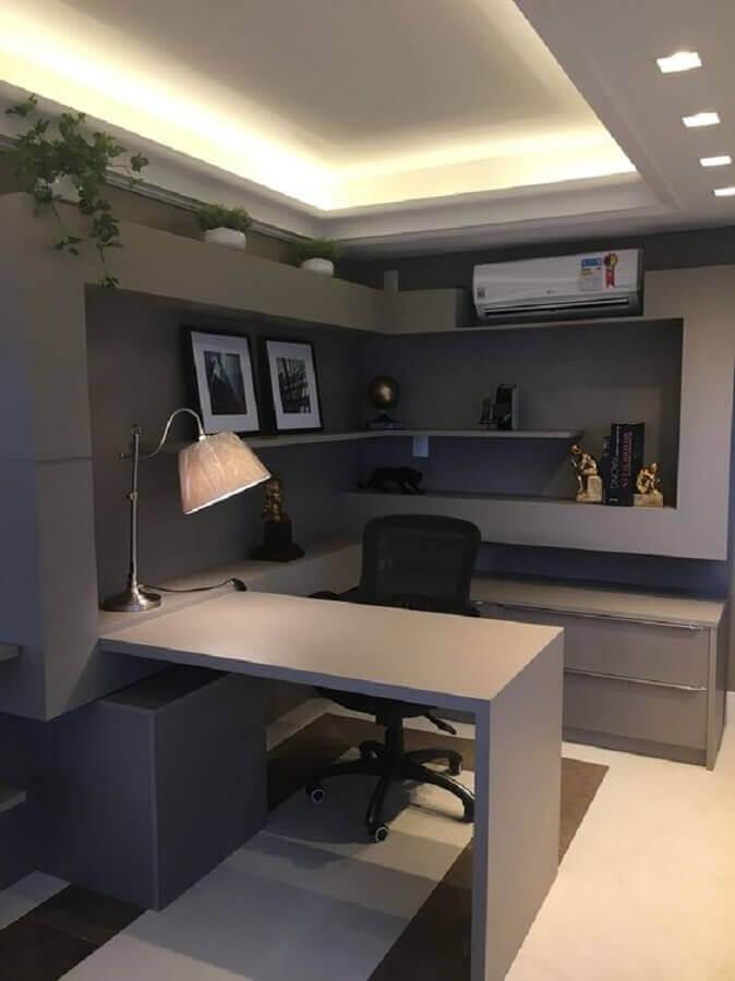 móveis para escritório todo cinza Foto Pinosy