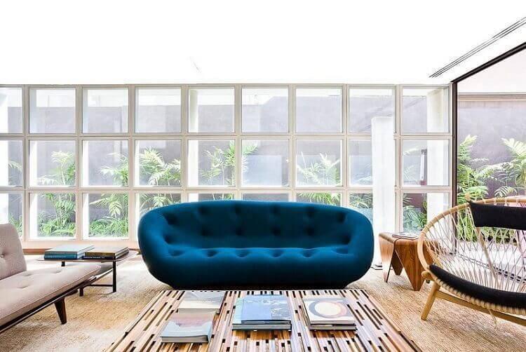 mesa de madeira centro e lateral sala de estar pascali semerdjian arquitetos 73398