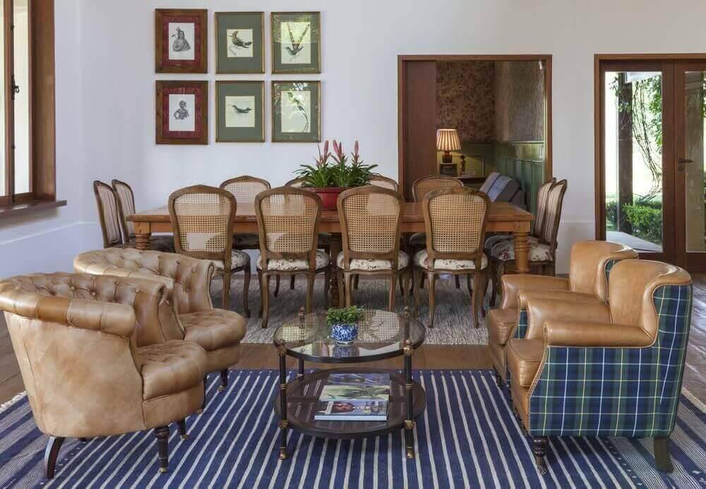 mesa de madeira sala de jantar com entalhes in house 9168