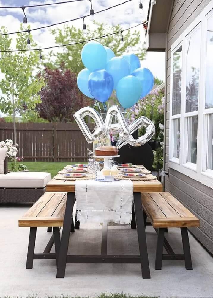 mesa decorada para almoço do dia dos pais