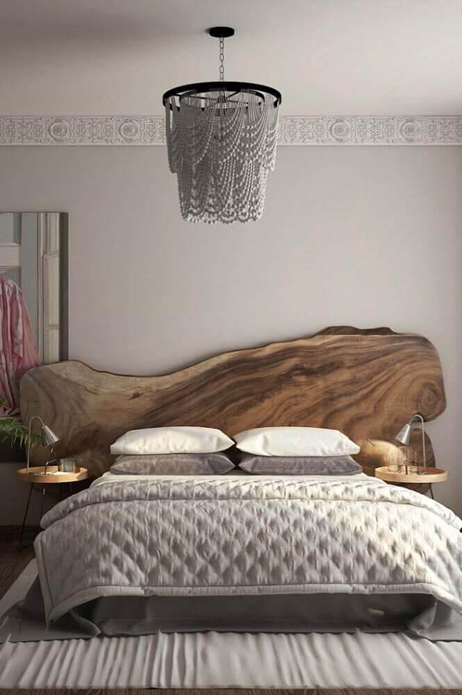 modelo de cabeceira para cama de casal em madeira de demolição
